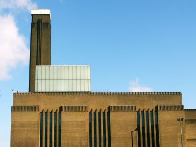 Side elevation; from http://www.london-se1.co.uk/places/tate-modern