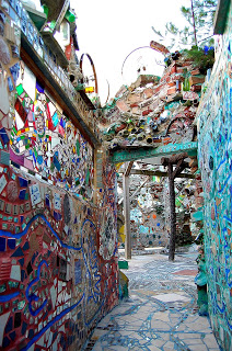 https://www.yelp.com/biz/philadelphias-magic-gardens-philadelphia